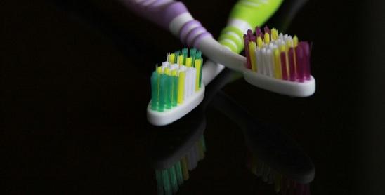 Agar toothbrush share karte ho to saavdhan ho sakti hai yeh 4 khataranak bimariya