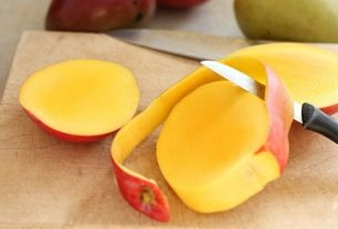 Mango Peels for using Skin Care