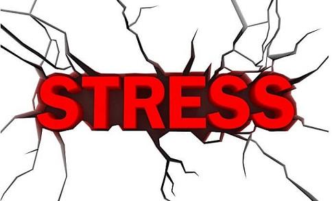 Aap stress mein hai ke nahi jaaniye in 6 signs se